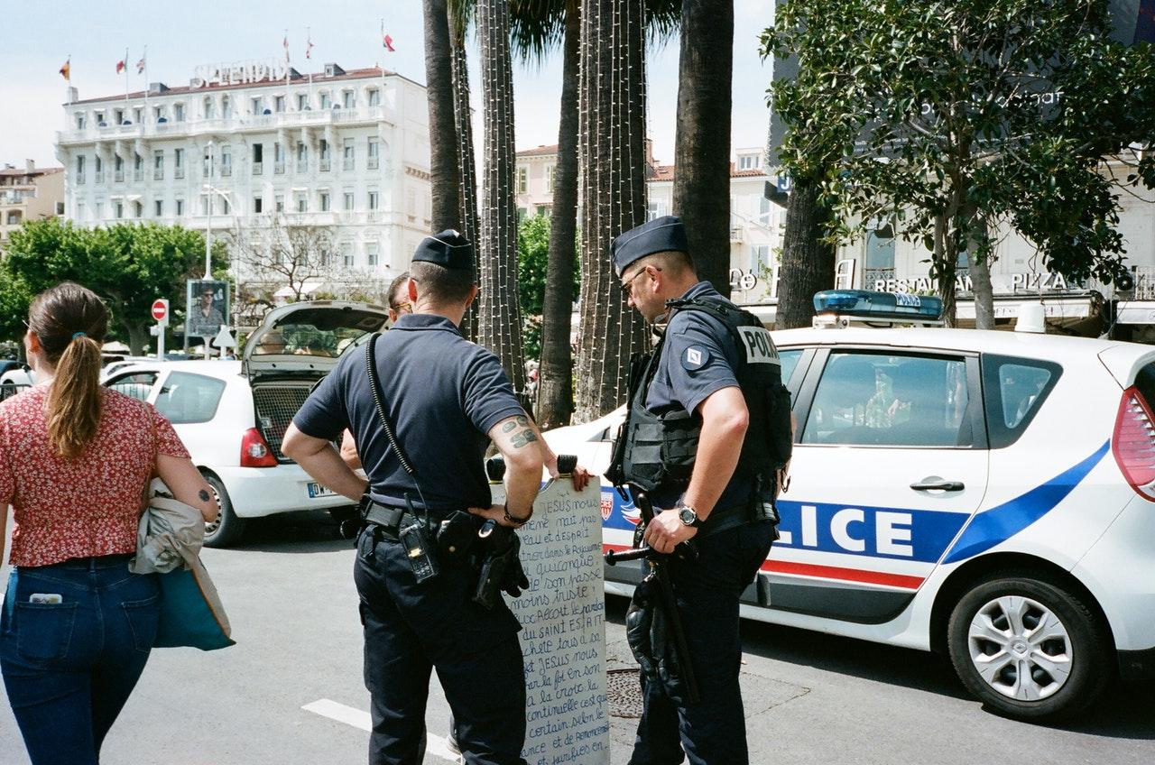 police preventing crime